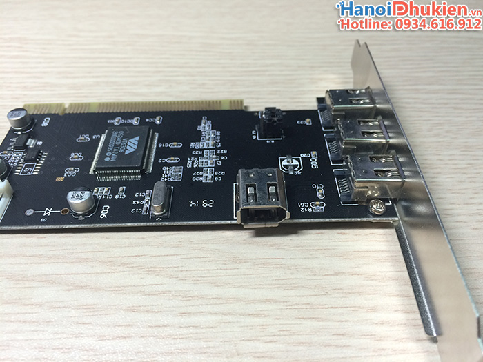 Card PCI to IEEE 1394 4Port Dtech PC007B