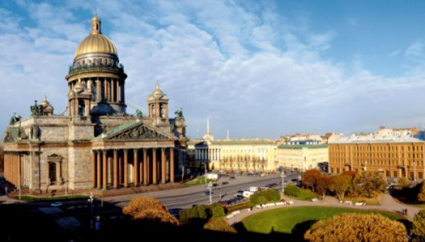 SAINT PETERBURG – MATXCOVA