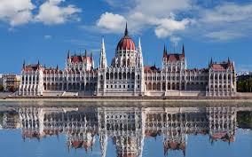 CHƯƠNG TRÌNH DU LỊCH ĐẶC BIỆT ĐÔNG  ÂU 5  NƯỚC VIỆT NAM – Ý – SLOVANIA - ÁO  – SEC  – HUNGARY- VIỆT NAM